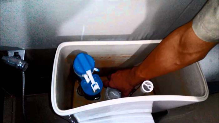 Thay bộ xả nước bồn cầu