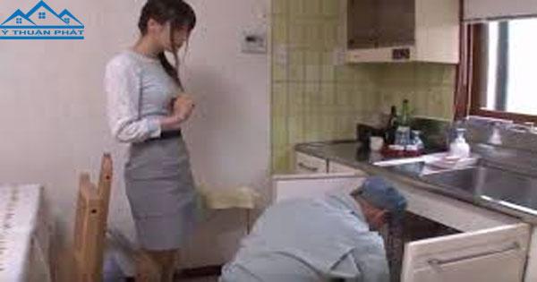 Thợ sửa ống nước tại nhà